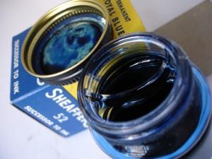 Tintero Skrip con práctico reservorio para aprovechar mejor la tinta