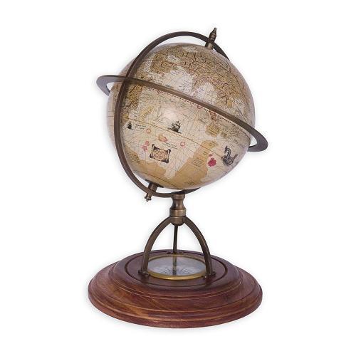 Réplica de una esfera terráquea fabricada por Mercator a mediados del siglo XVI