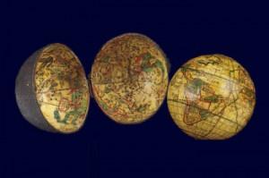 Esfera de bolsillo del británico Joseph Moxon