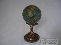 Pequeña esfera litografiada concebida como un juguete