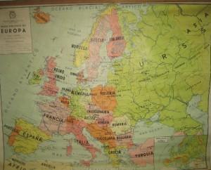 Uno de los mapas de grandes dimensiones que la editorial fabricaba para las escuelas españolas