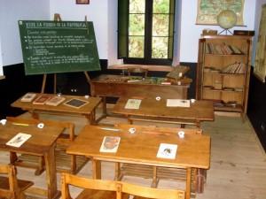Panorámica de una escuela rural durante la II República ESpañola. Fuente: www.elferre.org