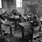Aspecto que ofrecía una escuela rural leonesa a mediados del siglo XX. Fuente: www.fuenterrebollo.com/