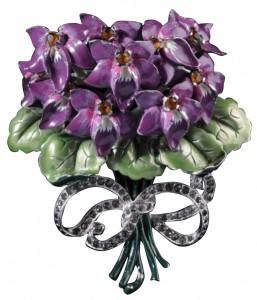 Pin floral con lazo concebido por Mazer. Fuente: www.jsonline.com