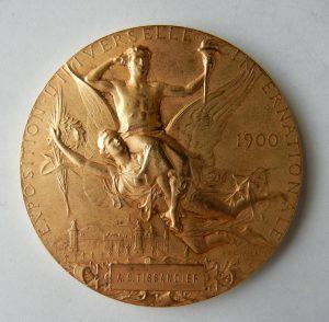 édaille Exposition universelle de Paris 1900. Graveur Jules Clément Chaplain (1839-1909)