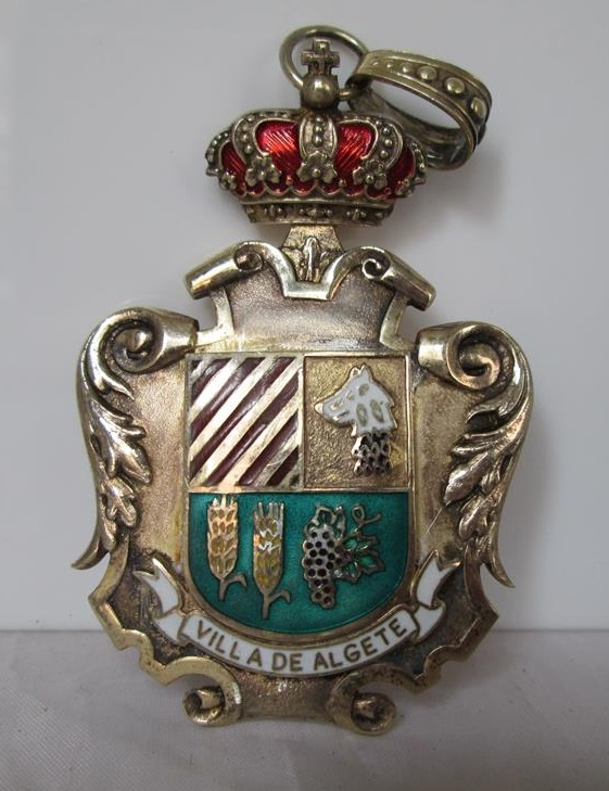 MEDALLA HONOR. VILLA DE ALGETE. PLATA Y ESMALTE COLORES. AÑOS 70